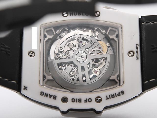 ウブロ スピリット オブ ビッグバン ホワイトセラミック 601.HX.0173.LR 4752